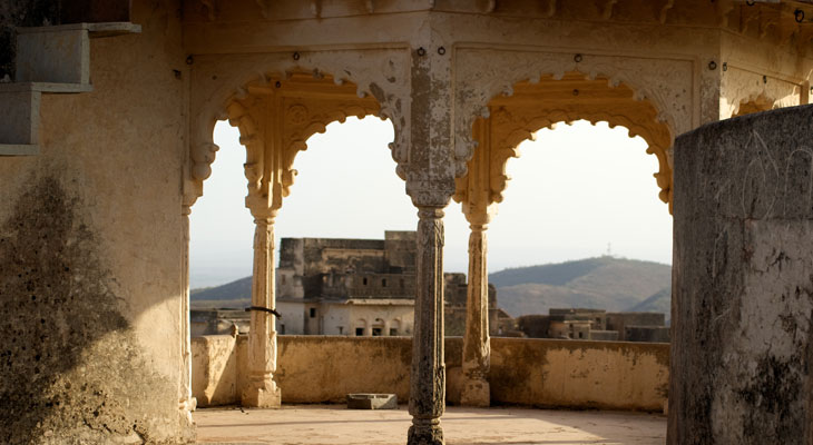 Luxury Rajasthan Holiday - Bundi's abandoned Taragarh Fort