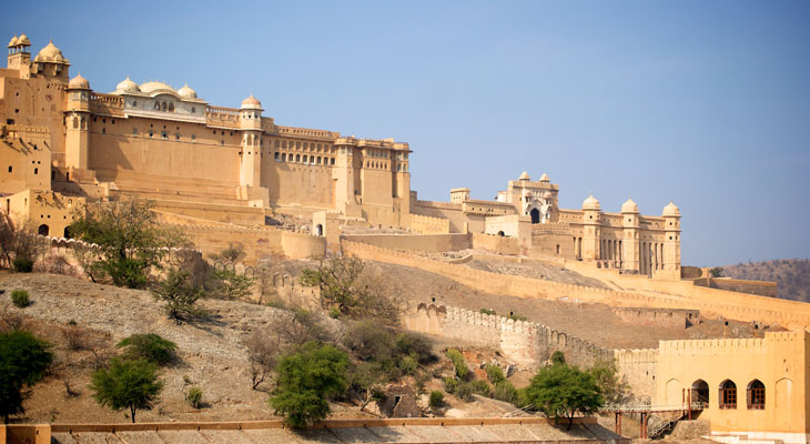 Luxury tour of India - Rajasthan tours including Jaipur and the Amber Fort